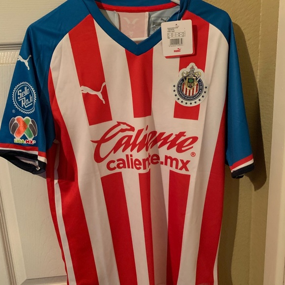 finest selection e97ee 16d96 Chivas Home Jersey 2019/2020 NWT